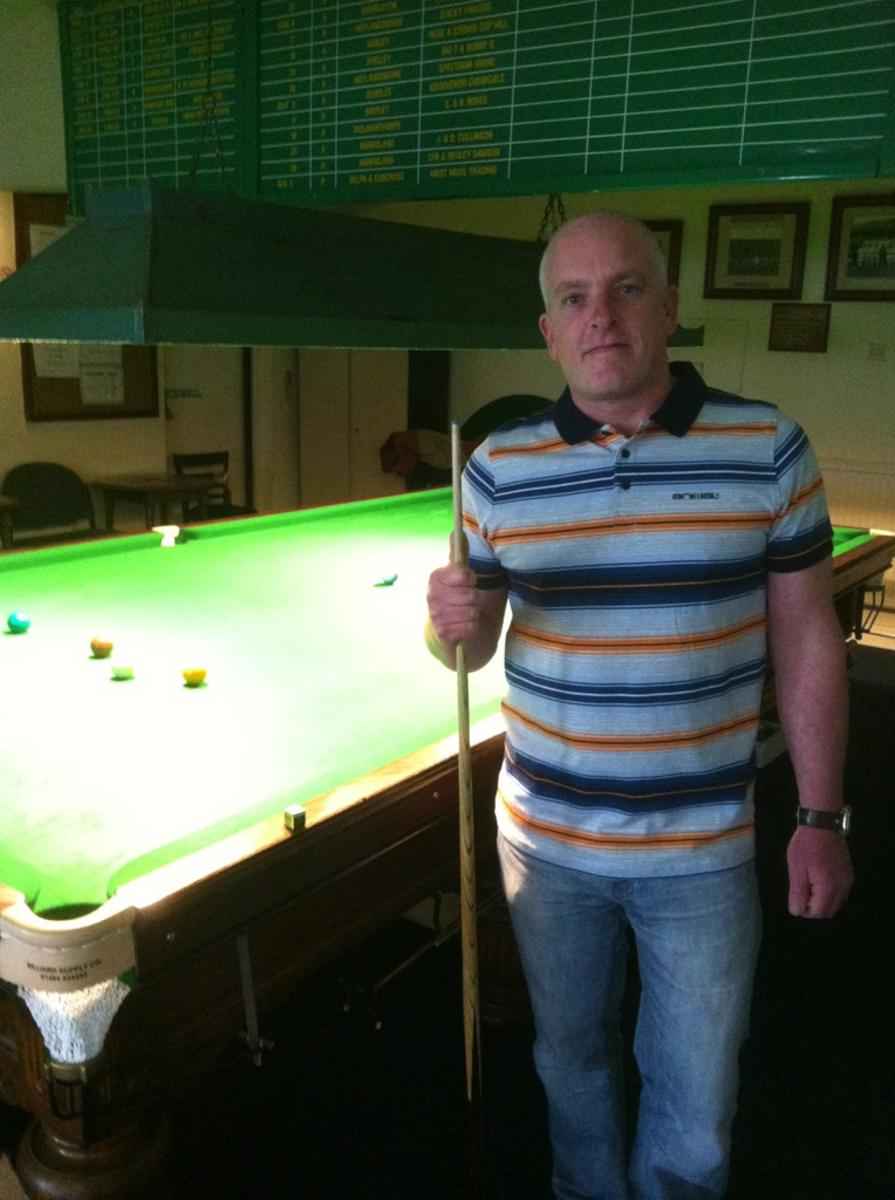 Thumbnail image for https://huddersfieldsnooker.com/Picture Gallery/General/Lee Quarmby.jpg